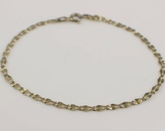 Simple Plain Silver Flat Link Twist Effect Thin Bracelet with Bolt Clasp Stamped 925