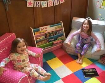Teacher Gift / Read Sign / Garland / Classroom Decor / Girl Themed / Back to School Banner / Library Decor / Reading Nook