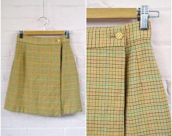 70s wool multicoloured plaid preppy skirt · beige orange green blue striped school girl skirt · short 70s lined wrap skirt · small