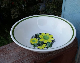 Kingstone by Nikko 9 inch Serving Pasta or Vegetable Bowl with Yellow Flowers