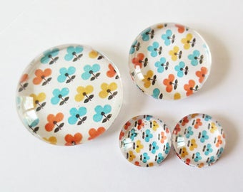 "Lot 4 theme ""RETRO - flowers"" (craftsmanship) cabochons 12mm / 20mm / 25mm"