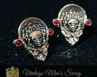 Vintage cufflinks clown by Swank... cool? Or creepy? offered by Vintage Men's Swag yd-1