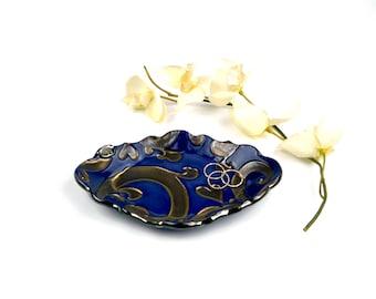 Small dish, ceramic tray, snack plate, swirl pattern, blue and bronze, jewelry dish, soap dish, sponge dish, spoon rest