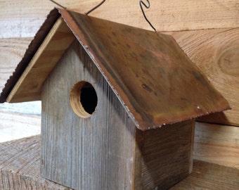 Primitive  Birdhouse, Rustic Birdhouse, Functional Birdhouse