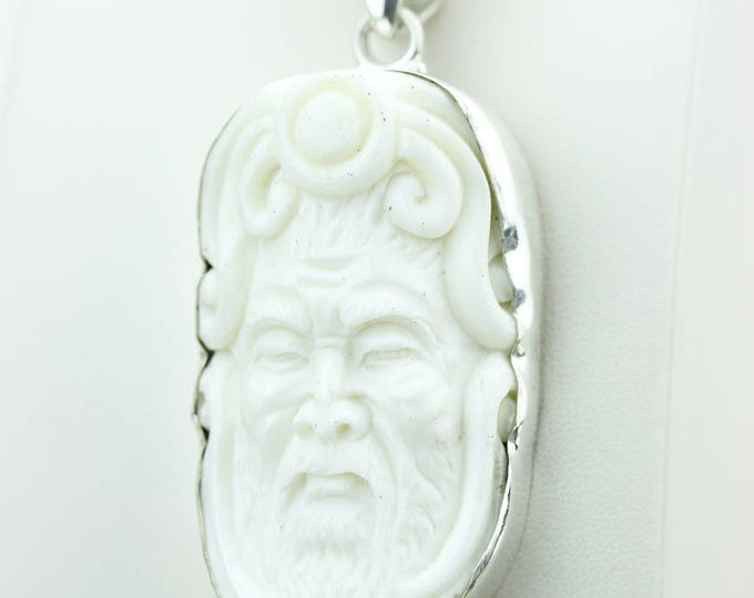 DEER ANTLER Native TOTEM Goddess Face Moon Face Bone Carving 925 S0LID Sterling Silver Pendant + 4MM Chain p4302