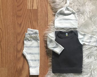 newborn boy coming home outfit - baby boy take home outfit - hospital outfit - boy leggings - infant - off white heather gray stripes