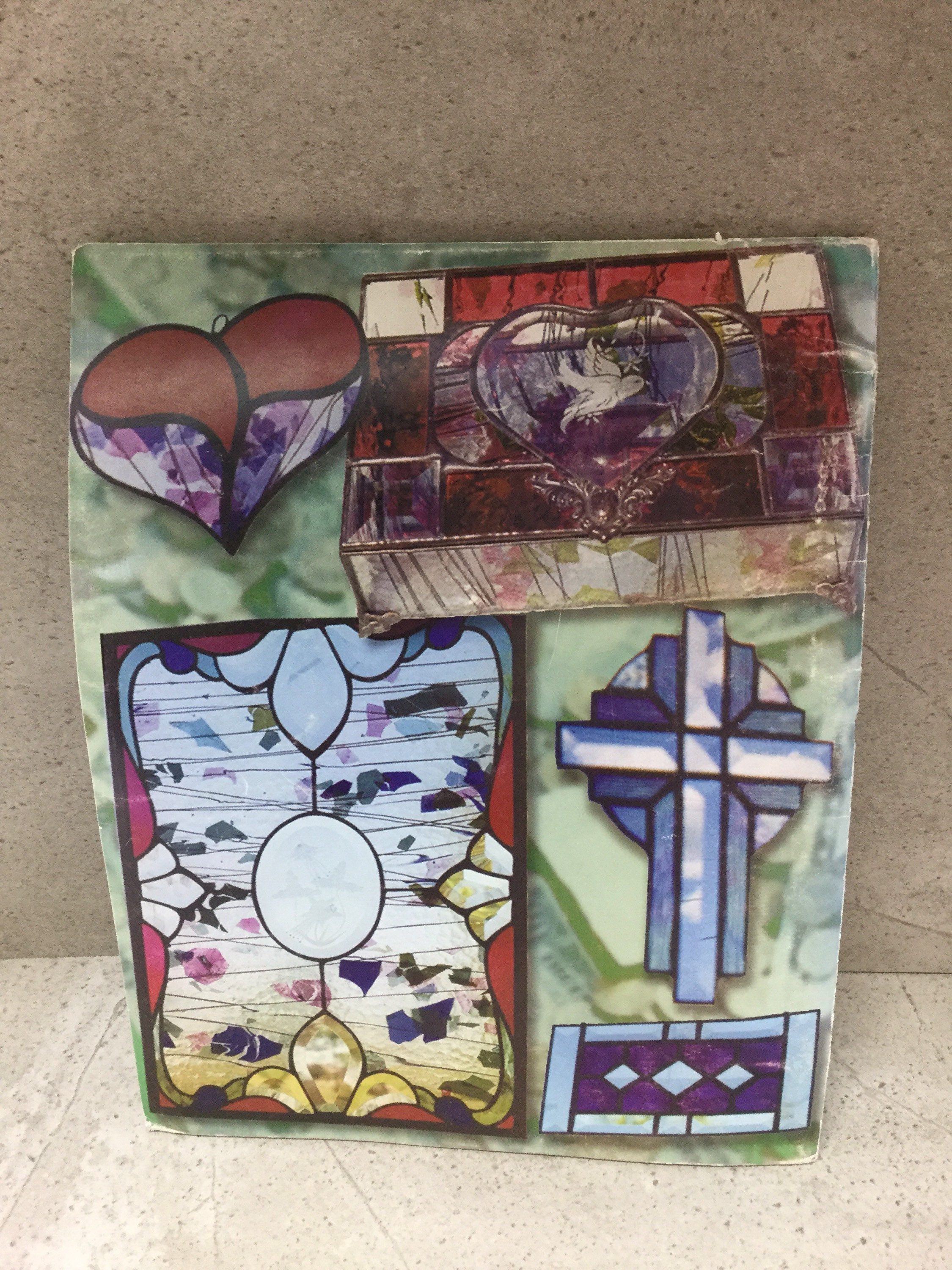 1 Used Stained Glass Pattern Book Beginners Level Hearts Boxes Wide ...