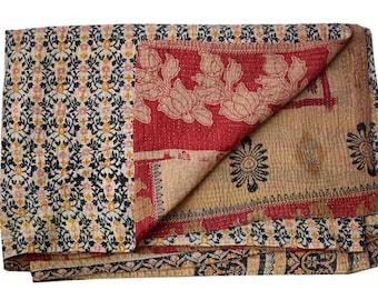 Handmade Vintage Kantha Quilt, Sari blanket, Twin size throw, Sofa cover, Kantha quilt, Indian Quilt Home Decor