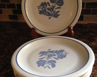 Vintage Pfaltzgraff Yorktowne Dessert/Salad Plates, Set of 4