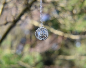 Celtic Raven Circle Pendant Necklace - Silver, Chain necklace, Raven, Bird