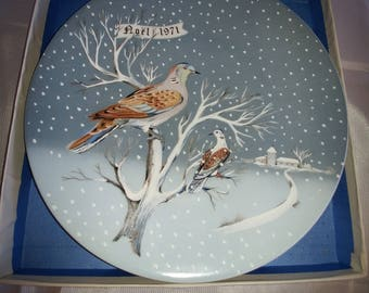 Haviland - The Twelve Days of Christmas plates - Two Turtle Doves 1971