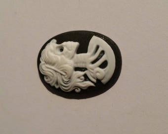 Cabochon cameo black and white 25mm x 18mm skeleton macabre day of the dead Gothic