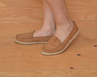 Vintage 80's Leather Slip On Espadrilles In Tan Size 9