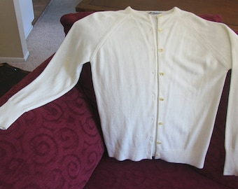1950s Vintage Ivory Cardigan Sweater, Designers Luxelon 50s Sweater, Vintage Orlon Cardigan Sweater