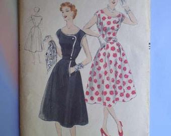 Vintage 50s Full Skirt Dress Unused Vogue Pattern 38