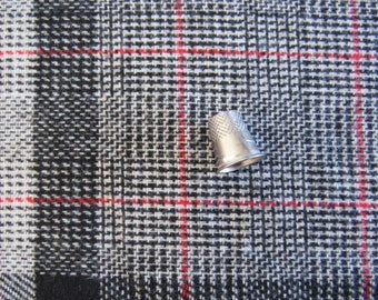 """Vintage WOOL BLEND Fabric 60W x 3-1/2yds"""" Black Ivory Red PLAID Lightweight Clothing Crafts Sewing Home Decor Toys Pillows Repurpose"""