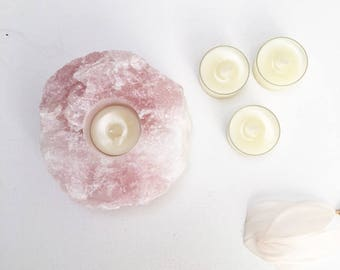 Rose Quartz Crystal Candle Holder with 6 Essential Oils Rose, Geranium and Frankincense T-lights