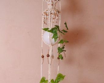 "1970's macrame plant holder ""/suspensions planter hippie boho/flower pot hanging /jardin"""