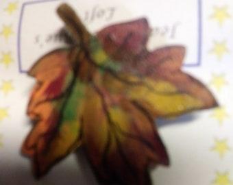 Fall leaf Autumn pin tole