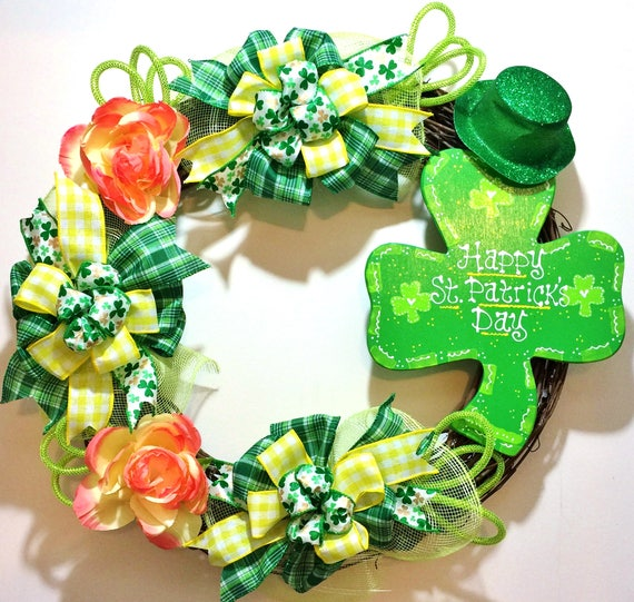 St. Patricks Day 4 Leaf Clover - Welcome Door Grapevine Wreath