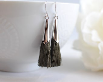The Delia Earrings - Olive