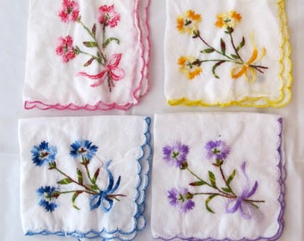 Vintage HANDKERCHIEFS _ Lot of 4 Embroidered HANKIES _ Early to mid 50s _ Colorful Flowers _ Very Good Condition VGC