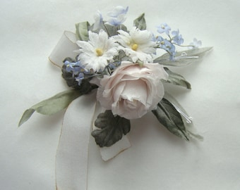 Bouquet of flowers from silk for dolls in vintage style
