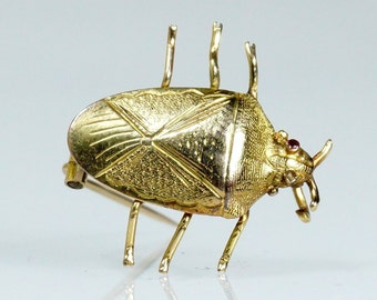 Antique Victorian 18 Carat Gold Beetle Brooch
