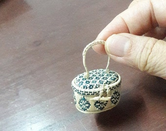 Tiny wicker basket
