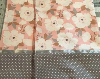 Pair of Standard Pillowcases
