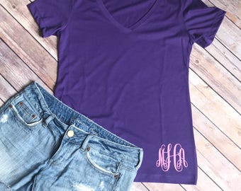 Womens Monogram V-neck Tee