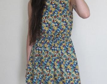 Vintage 80s Floral Short Dress
