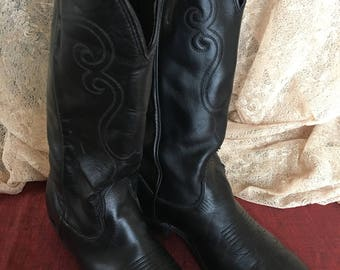Vintage Black Cowgirl Boots. Man Made Materials in These Cowgirl Boots. Swirling Designs on Sides of Boots.