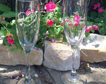 Personalized Wedding Flutes,   2 Toasting Flutes, Engraved Wedding Flute,  Carved Hearts Wedding Flutes,  Bride & Groom Champagne Flutes