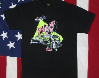 Vintage 1980's Lost in the 50's Be-Bop Cafe Graphic T-Shirt Medium Anvil Jamesburg New Jersey Doo Wop Oldies Greaser UFO Aliens Black Pink