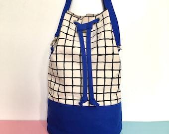 Screenprint Canvas Bucket Bag, Colour Block Blue Shoulder Bag, Grid Pattern Cross Body Bag