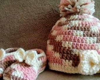 Matching Newborn Slippers and Toque