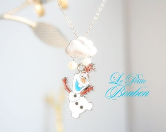 Summer olaf with snow necklace