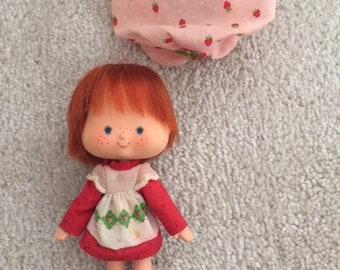 1982 Kenner Strawberry Shortcake Doll