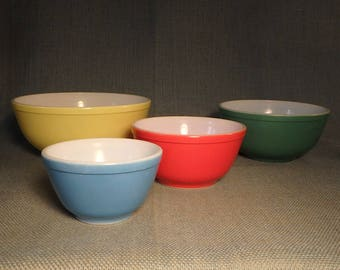 Early Pyrex Mixing Bowls - Set of 4 - Primary Colors - Nesting - No Numbers - Very Nice!