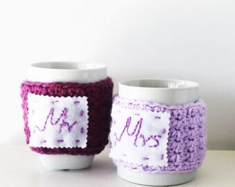 Wedding cup cozies, Mr & Mrs cup cozies, Cute mug warmers, Winter wedding gift, Crochet cup cozy, Personalized cozies, Custom wedding cozies