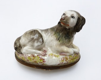 Antique Bonbonniere In The Form Of A Dog