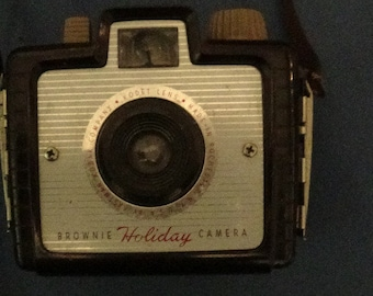 Vintage Kodak Holiday Brownie Camera Bakelite