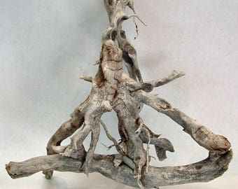 Driftwood centerpiece, driftwood sculpture, unique many branched and weathered driftwood decoration.
