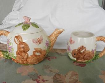 Vintage 1993 Wang Inc Bunny & Butterfly Teapot and Mug 3D