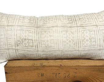 Vintage White African Mudcloth Pillow Cover   Authentic Mud Cloth Pillows