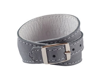 Crop Cuff in Lilac Grey leather