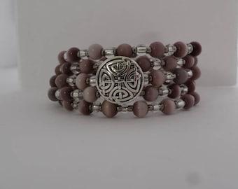 New! Shiny mocha button memory wire bracelet....glass beads....oh so pretty <3