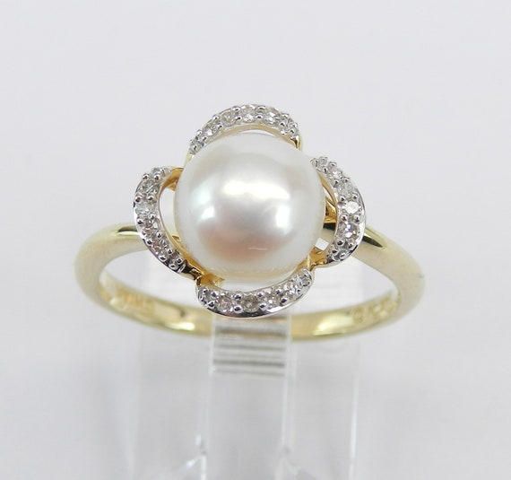 Diamond and Pearl Engagement Ring Promise Ring 14K Yellow Gold Size 6.75 June Birthstone