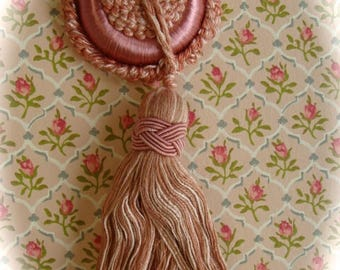 Art Deco Scrumptious Old Silk Needlework French Tassel